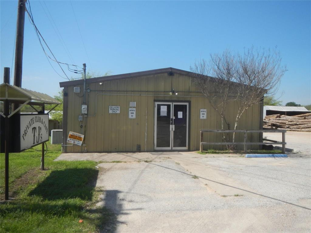 3126 Oak Trail  Drive, Granbury, Texas 76048 - Acquisto Real Estate best frisco realtor Amy Gasperini 1031 exchange expert