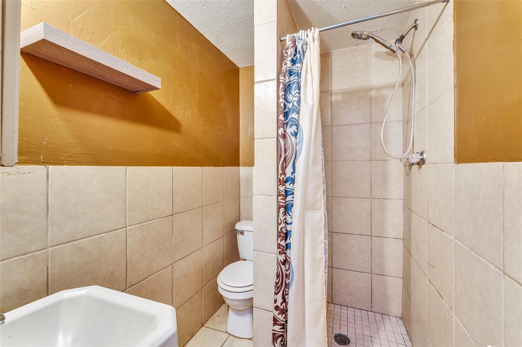 617 Alfred  Drive, Azle, Texas 76020 - acquisto real estate best luxury home specialist shana acquisto