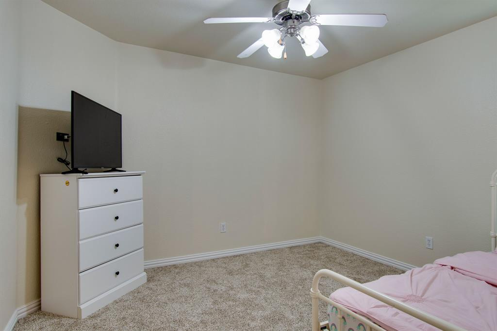 2032 Times  Road, Heartland, Texas 75126 - acquisto real estate best realtor foreclosure real estate mike shepeherd walnut grove realtor
