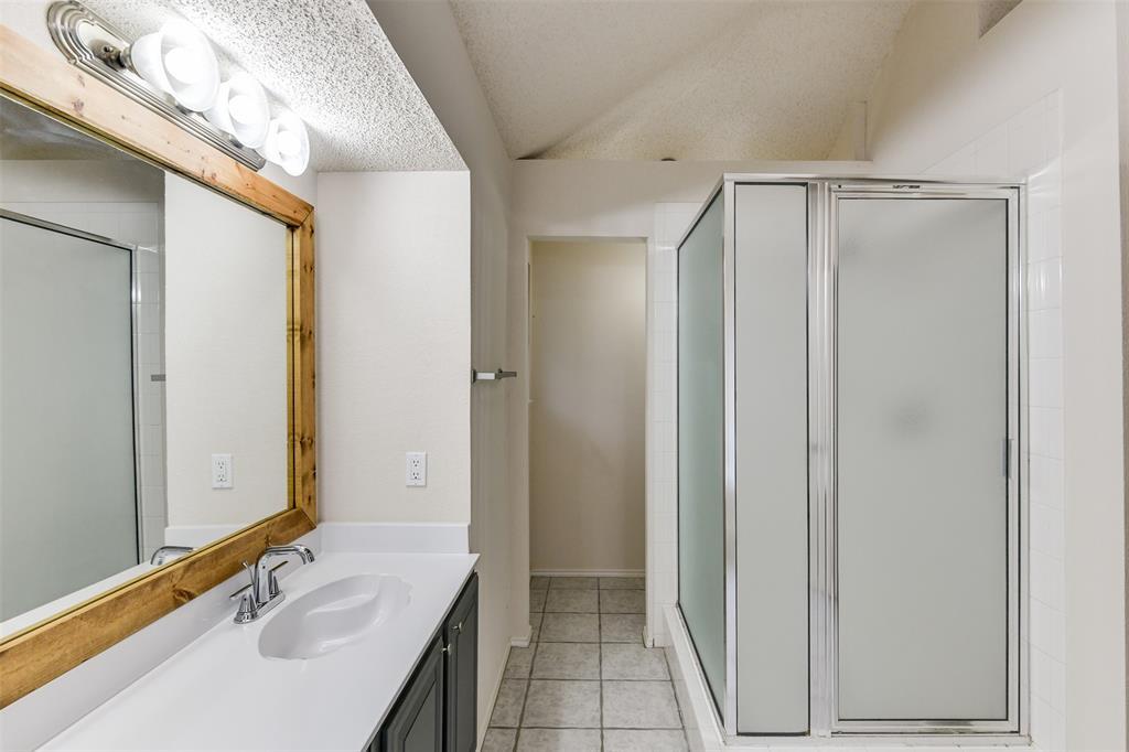 2107 Havenwood  Drive, Arlington, Texas 76018 - acquisto real estate best realtor dallas texas linda miller agent for cultural buyers