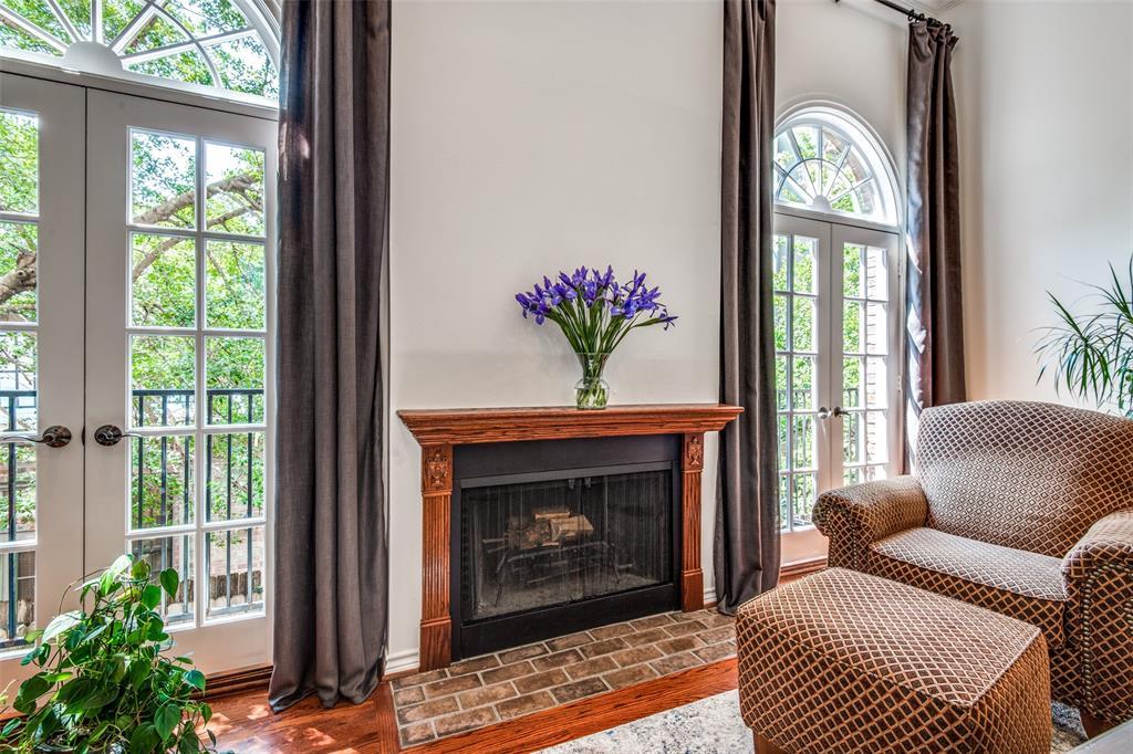 4519 Gilbert  Avenue, Dallas, Texas 75219 - acquisto real estate best listing listing agent in texas shana acquisto rich person realtor