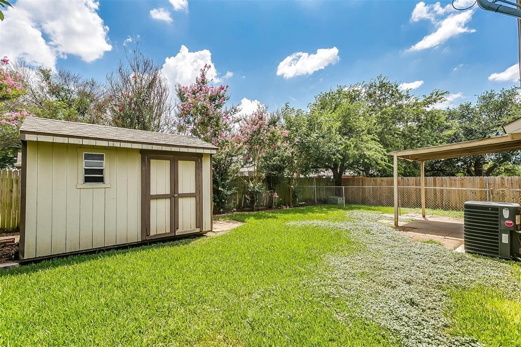 6028 Hillglen  Drive, Watauga, Texas 76148 - acquisto real estate best real estate idx dilusso marketing mike acquisto