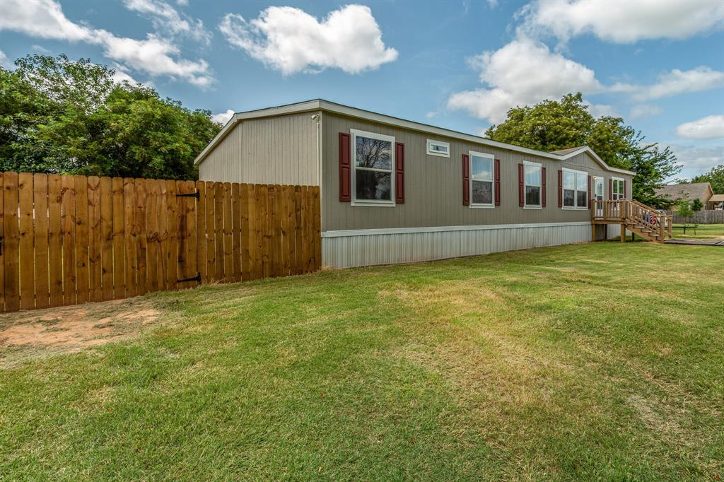 815 Whippoorwill  Drive, Granbury, Texas 76049 - acquisto real estate best allen realtor kim miller hunters creek expert