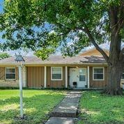 1014 Mill River  Drive, Garland, Texas 75043 - Acquisto Real Estate best frisco realtor Amy Gasperini 1031 exchange expert