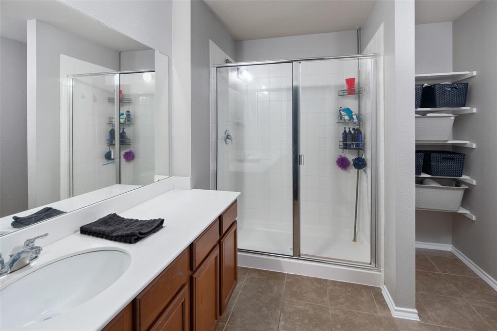 1107 Rainer  Drive, Princeton, Texas 75407 - acquisto real estate best realtor foreclosure real estate mike shepeherd walnut grove realtor