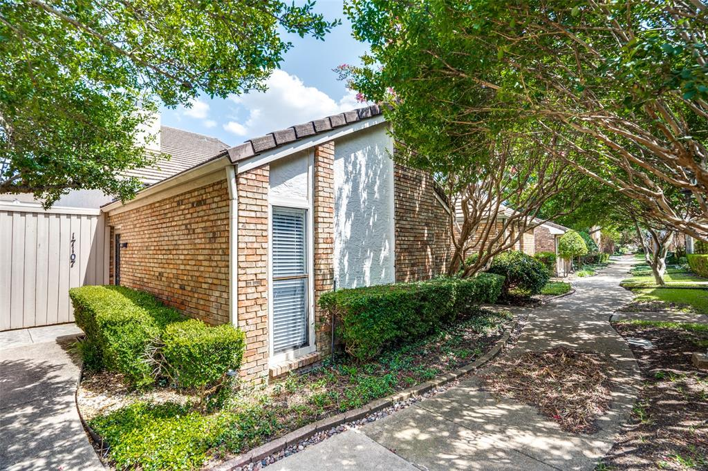 17107 Planters  Row, Addison, Texas 75001 - Acquisto Real Estate best plano realtor mike Shepherd home owners association expert