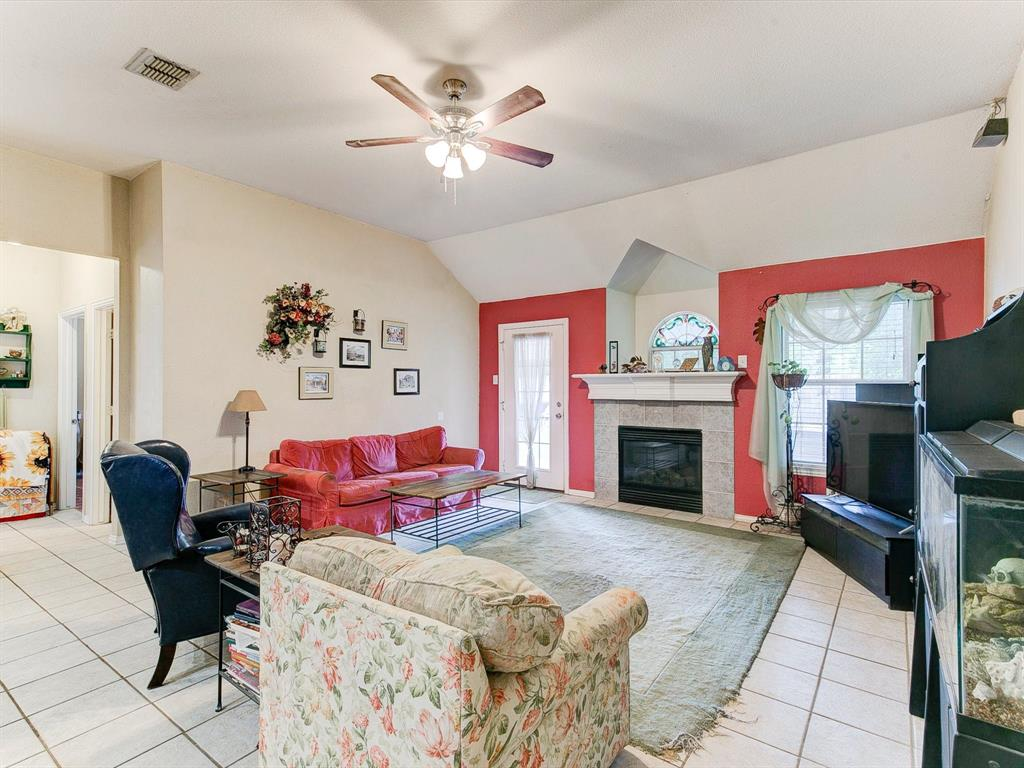 2830 Oakdale  Drive, Burleson, Texas 76028 - acquisto real estaet best boutique real estate firm in texas for high net worth sellers