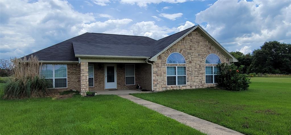 1000 Morgan  Lane, Blossom, Texas 75416 - Acquisto Real Estate best frisco realtor Amy Gasperini 1031 exchange expert