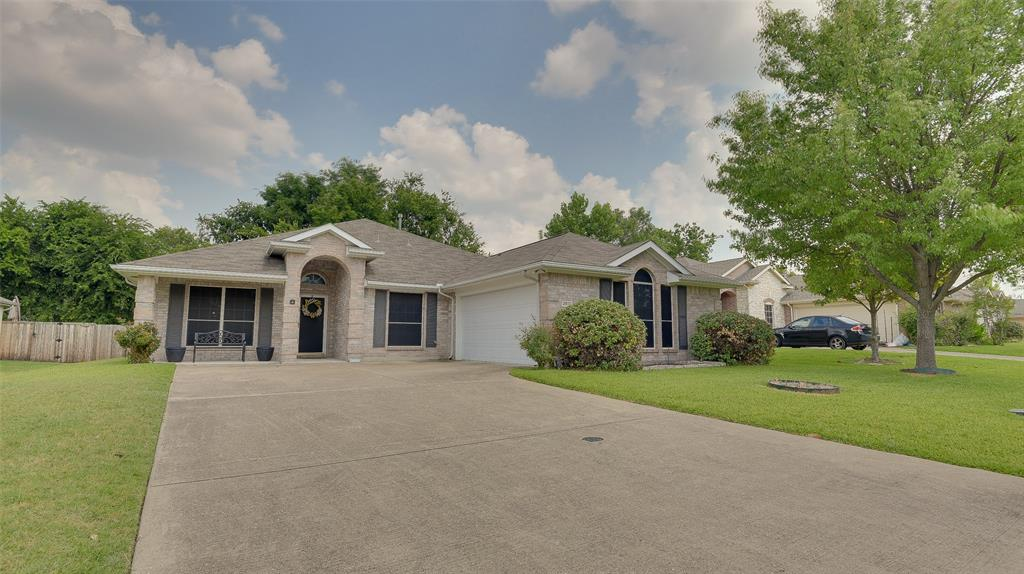 2810 Beacon Hill  Drive, Rockwall, Texas 75087 - Acquisto Real Estate best frisco realtor Amy Gasperini 1031 exchange expert