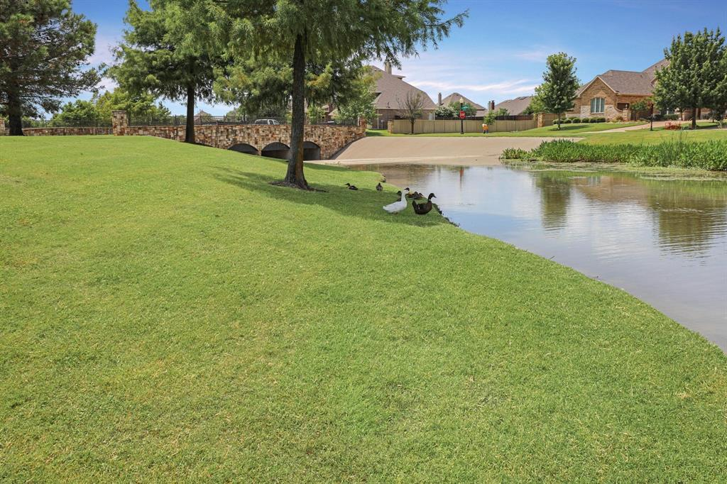 801 Quiet Oak  Lane, Prosper, Texas 75078 - acquisto real estate best plano real estate agent mike shepherd