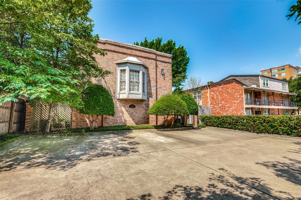 4519 Gilbert  Avenue, Dallas, Texas 75219 - acquisto real estate best the colony realtor linda miller the bridges real estate