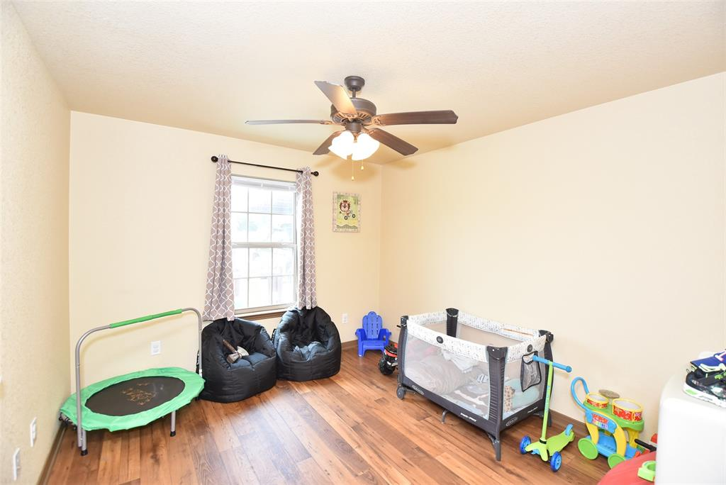 306 Washington  Street, Penelope, Texas 76676 - acquisto real estate best photos for luxury listings amy gasperini quick sale real estate