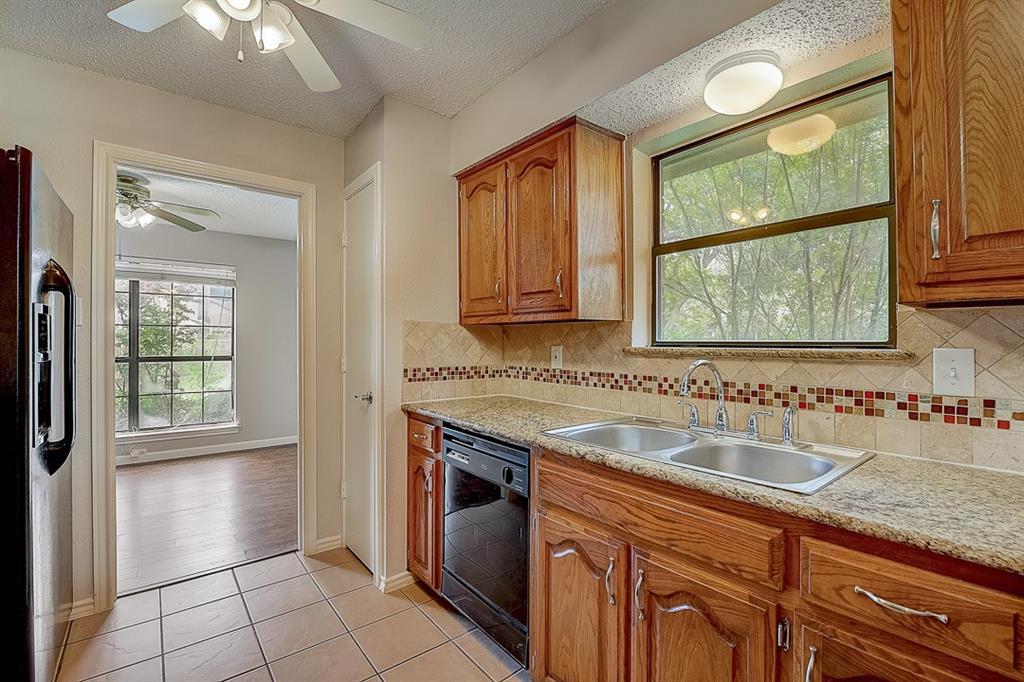 405 Kingsbridge  Court, Garland, Texas 75040 - acquisto real estate best looking realtor in america shana acquisto