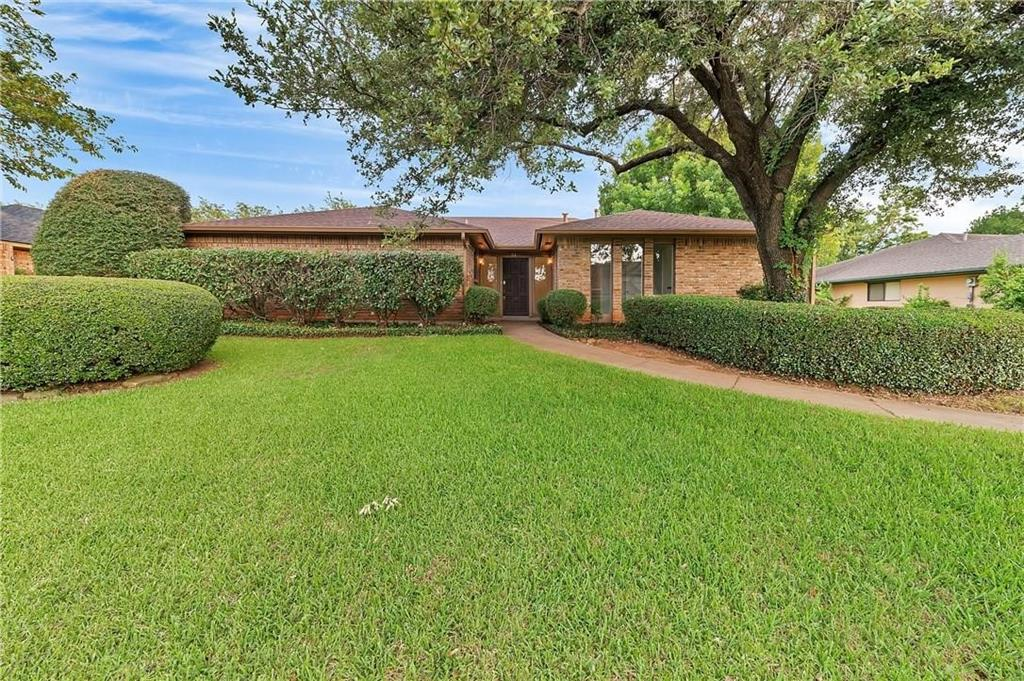 512 Chaffee  Drive, Arlington, Texas 76006 - Acquisto Real Estate best plano realtor mike Shepherd home owners association expert