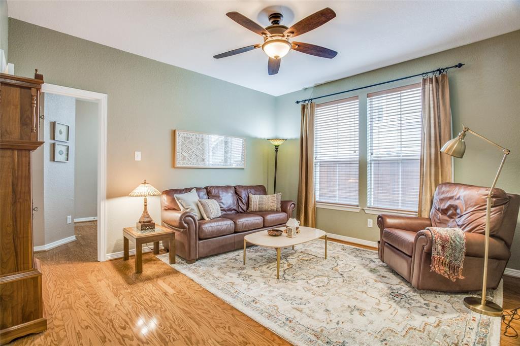 1732 Glenlivet  Drive, Dallas, Texas 75218 - acquisto real estate best listing photos hannah ewing mckinney real estate expert