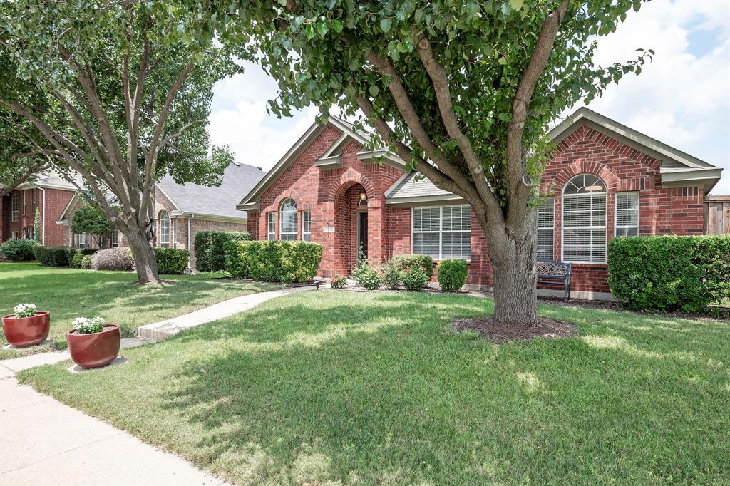 10912 Robincreek  Lane, Frisco, Texas 75035 - Acquisto Real Estate best frisco realtor Amy Gasperini 1031 exchange expert