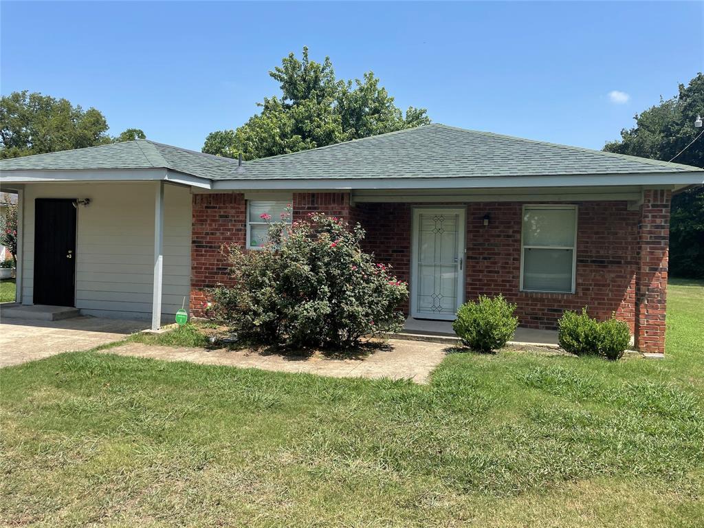 422 Shady Grove  Road, Grand Prairie, Texas 75050 - Acquisto Real Estate best frisco realtor Amy Gasperini 1031 exchange expert