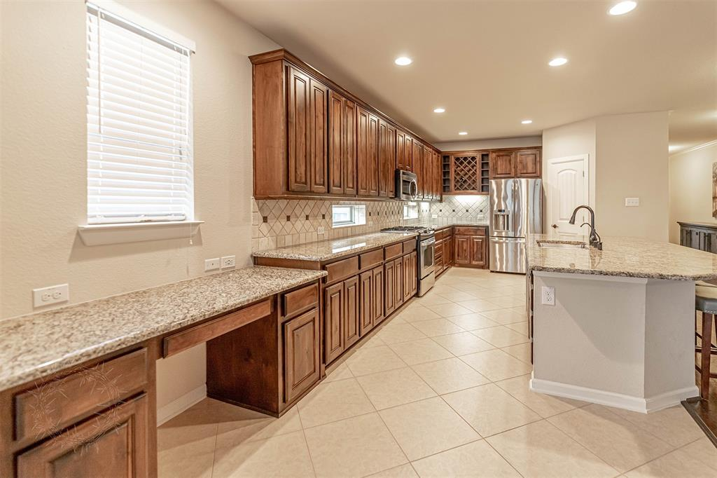 8325 Sandhill Crane  Drive, Fort Worth, Texas 76118 - acquisto real estate best new home sales realtor linda miller executor real estate