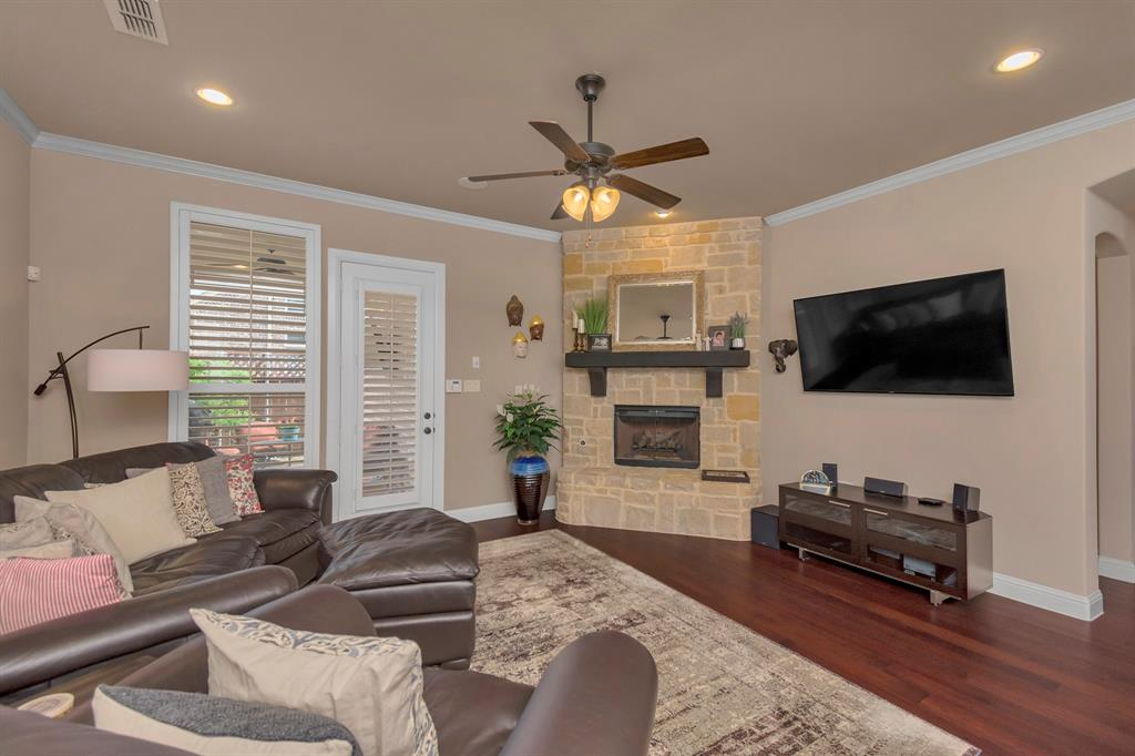 417 Chestnut  Lane, Roanoke, Texas 76262 - acquisto real estate best photos for luxury listings amy gasperini quick sale real estate