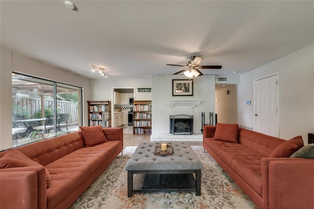 10918 Listi  Drive, Dallas, Texas 75238 - acquisto real estate best real estate company in frisco texas real estate showings