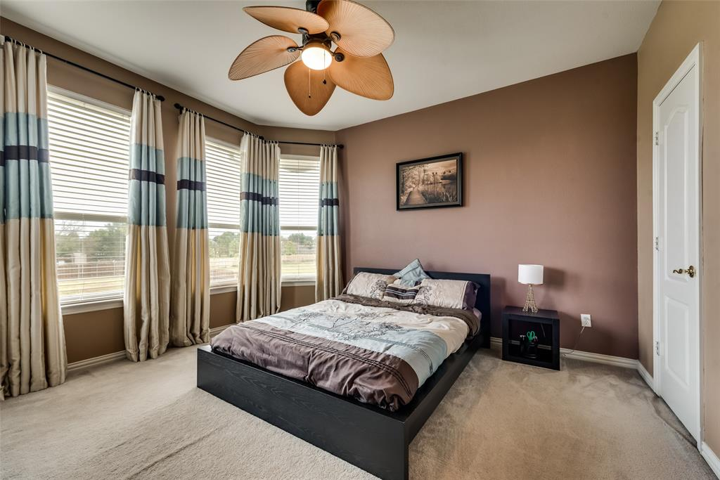1205 Lone Star  Boulevard, Talty, Texas 75160 - acquisto real estate best plano real estate agent mike shepherd