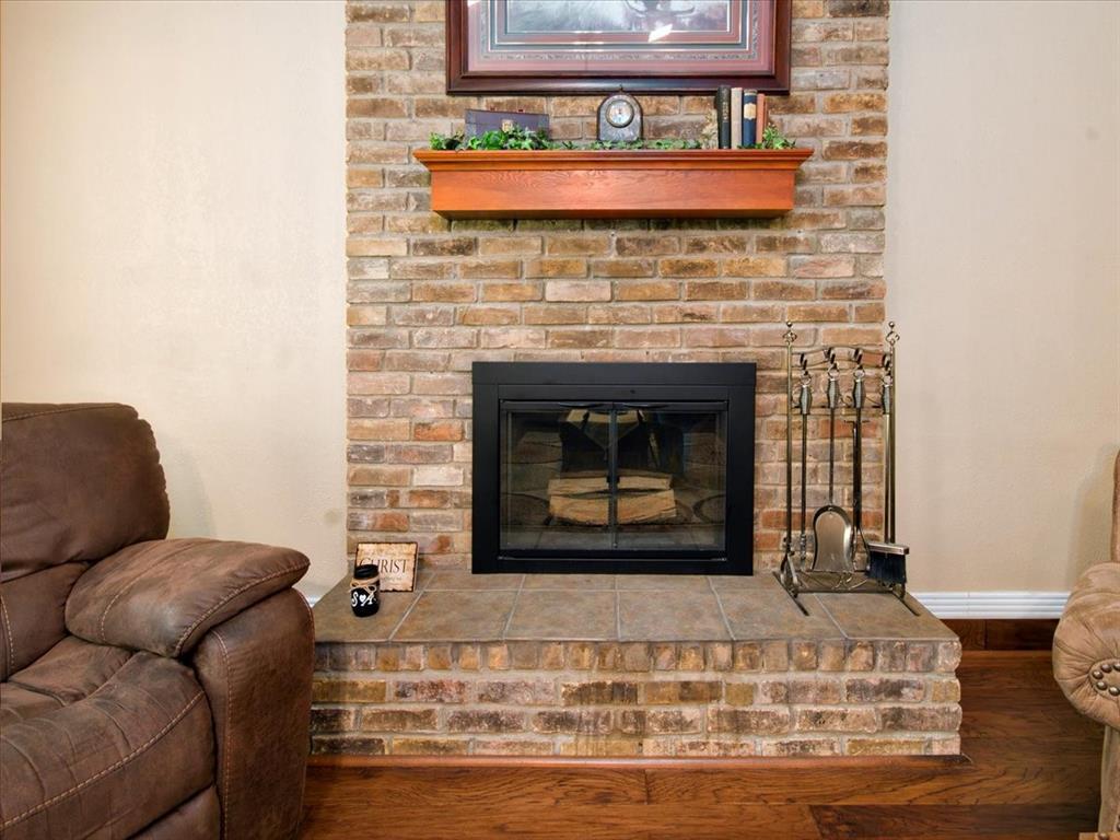 4700 Lone Oak  Drive, Arlington, Texas 76017 - acquisto real estate best listing listing agent in texas shana acquisto rich person realtor
