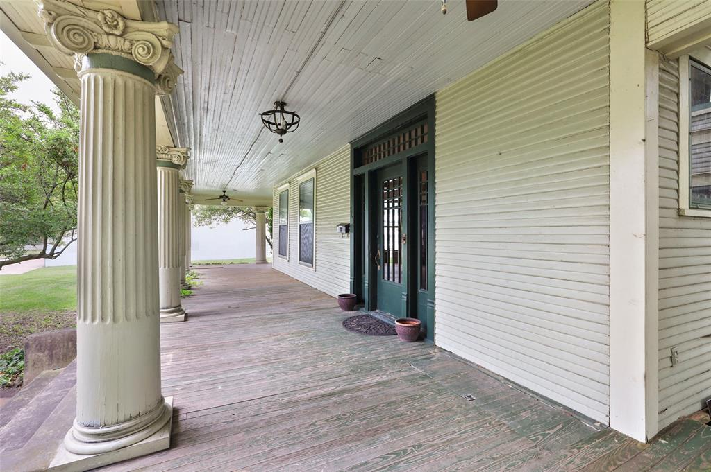 803 Nash  Street, Terrell, Texas 75160 - acquisto real estate best highland park realtor amy gasperini fast real estate service