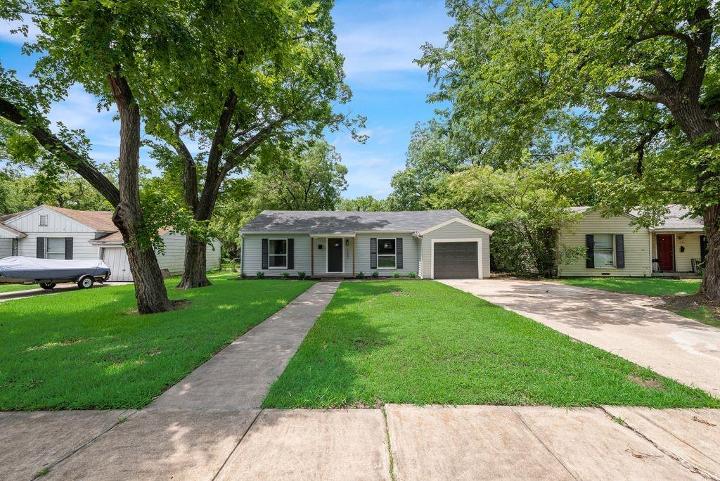 1237 Fuller  Drive, Dallas, Texas 75218 - acquisto real estate best investor home specialist mike shepherd relocation expert
