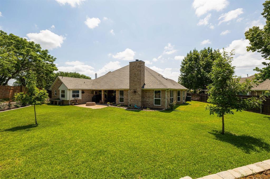 2701 Cedar Springs  Court, Bedford, Texas 76021 - acquisto real estate best luxury home specialist shana acquisto