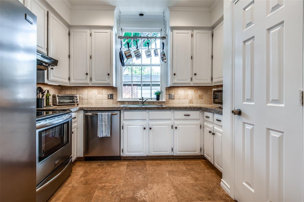 4519 Gilbert  Avenue, Dallas, Texas 75219 - acquisto real estate best photos for luxury listings amy gasperini quick sale real estate