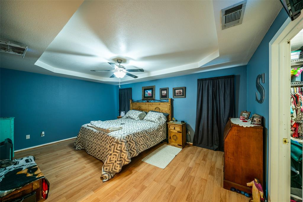 221 Sunrise  Court, Palmer, Texas 75152 - acquisto real estate best photos for luxury listings amy gasperini quick sale real estate