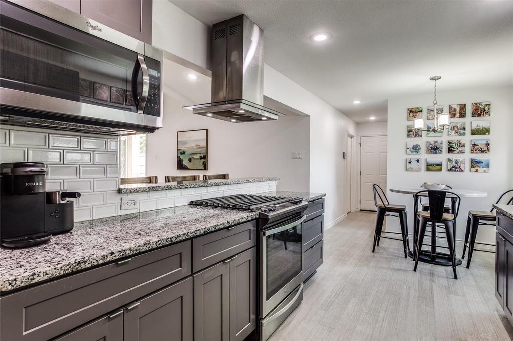 10920 Yorkspring  Drive, Dallas, Texas 75218 - acquisto real estate best new home sales realtor linda miller executor real estate