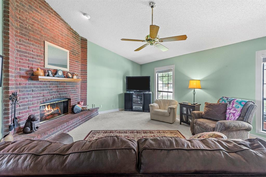 2112 Crestmeadow  Street, Denton, Texas 76207 - acquisto real estate best realtor westlake susan cancemi kind realtor of the year