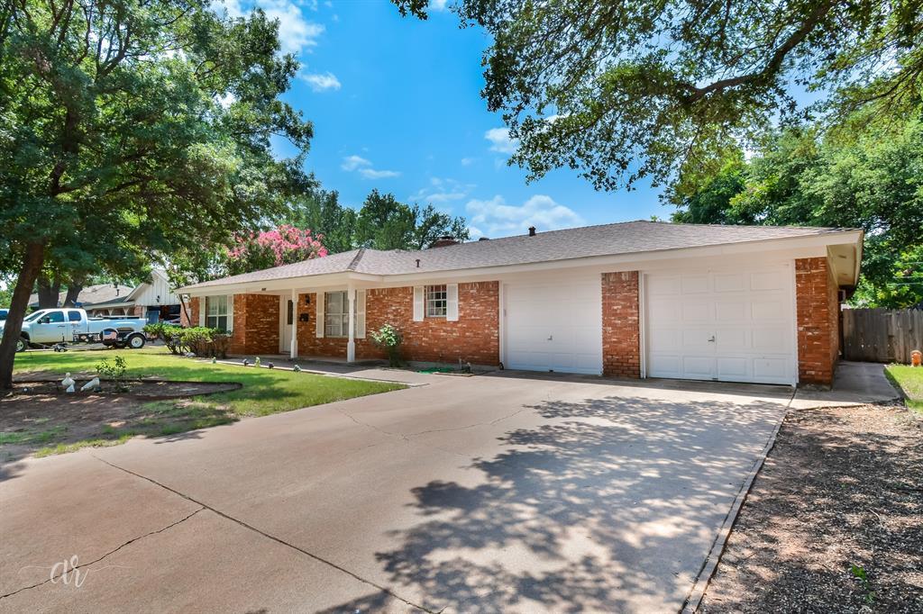 3733 Ligustrum  Drive, Abilene, Texas 79605 - Acquisto Real Estate best frisco realtor Amy Gasperini 1031 exchange expert