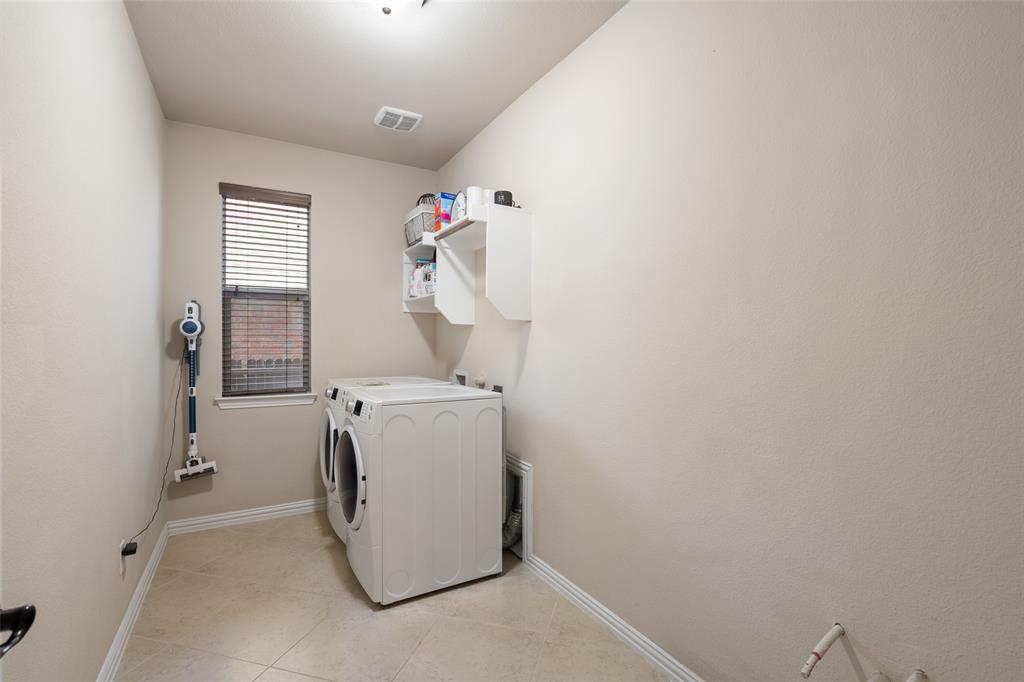 2508 Barranca  Way, McKinney, Texas 75069 - acquisto real estate best realtor foreclosure real estate mike shepeherd walnut grove realtor