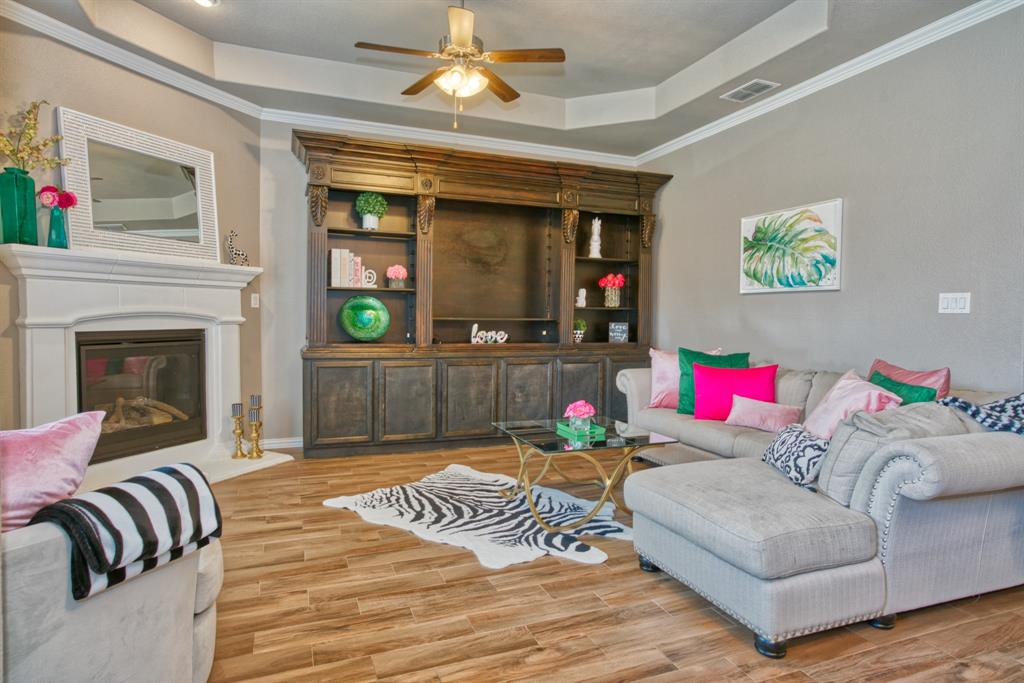 201 Mineral Point  Drive, Aledo, Texas 76008 - acquisto real estate best frisco real estate broker in texas for high net worth buyers