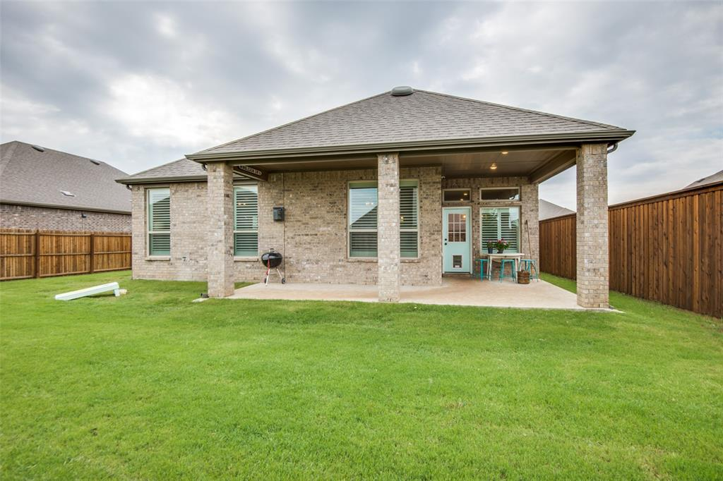 2805 Half Moon  Road, Aubrey, Texas 76227 - acquisto real estate best negotiating realtor linda miller declutter realtor