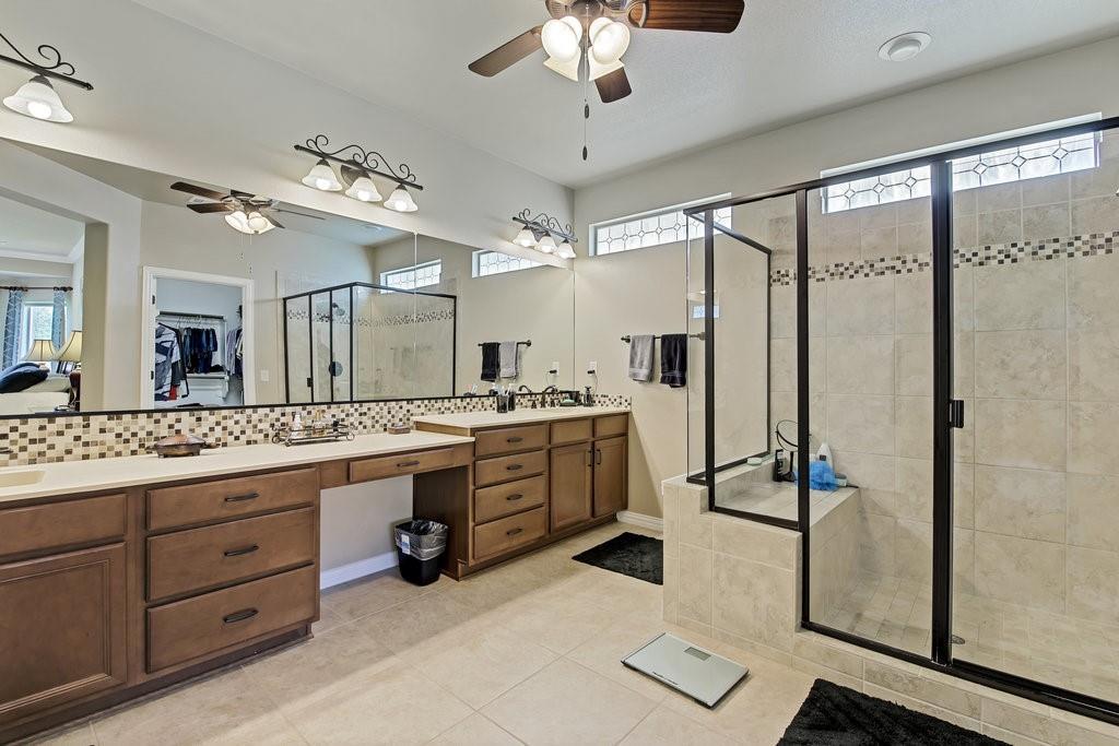 11901 Glenbrook  Street, Denton, Texas 76207 - acquisto real estate best new home sales realtor linda miller executor real estate