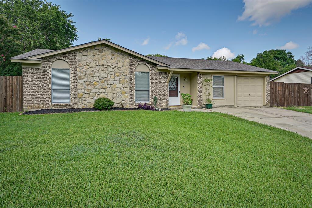 408 Live Oak  Drive, Mansfield, Texas 76063 - Acquisto Real Estate best frisco realtor Amy Gasperini 1031 exchange expert