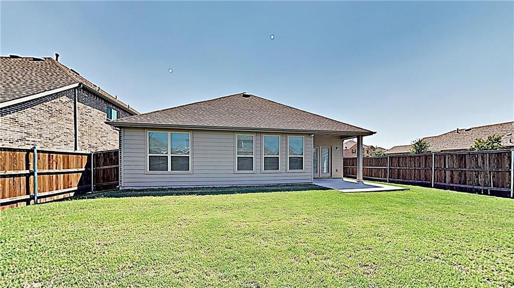 1801 Meadow Trail  Lane, Aubrey, Texas 76227 - acquisto real estate best designer and realtor hannah ewing kind realtor