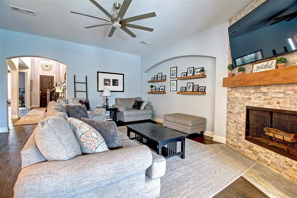 3024 Little Mill  The Colony, Texas 75056 - acquisto real estate best real estate company to work for