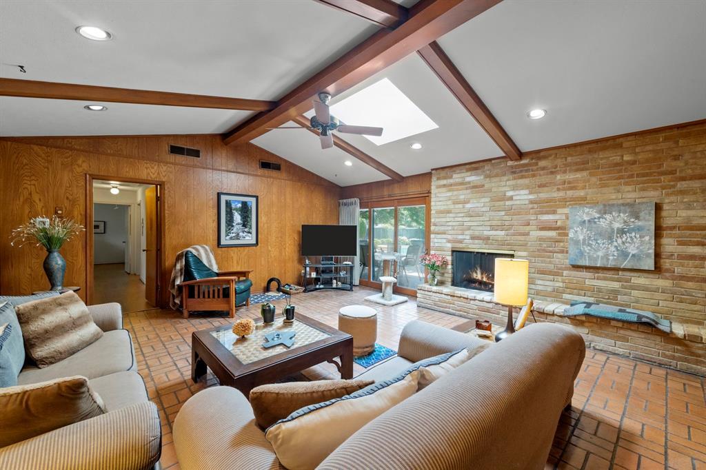 3232 Catamore  Lane, Dallas, Texas 75229 - acquisto real estate best luxury home specialist shana acquisto