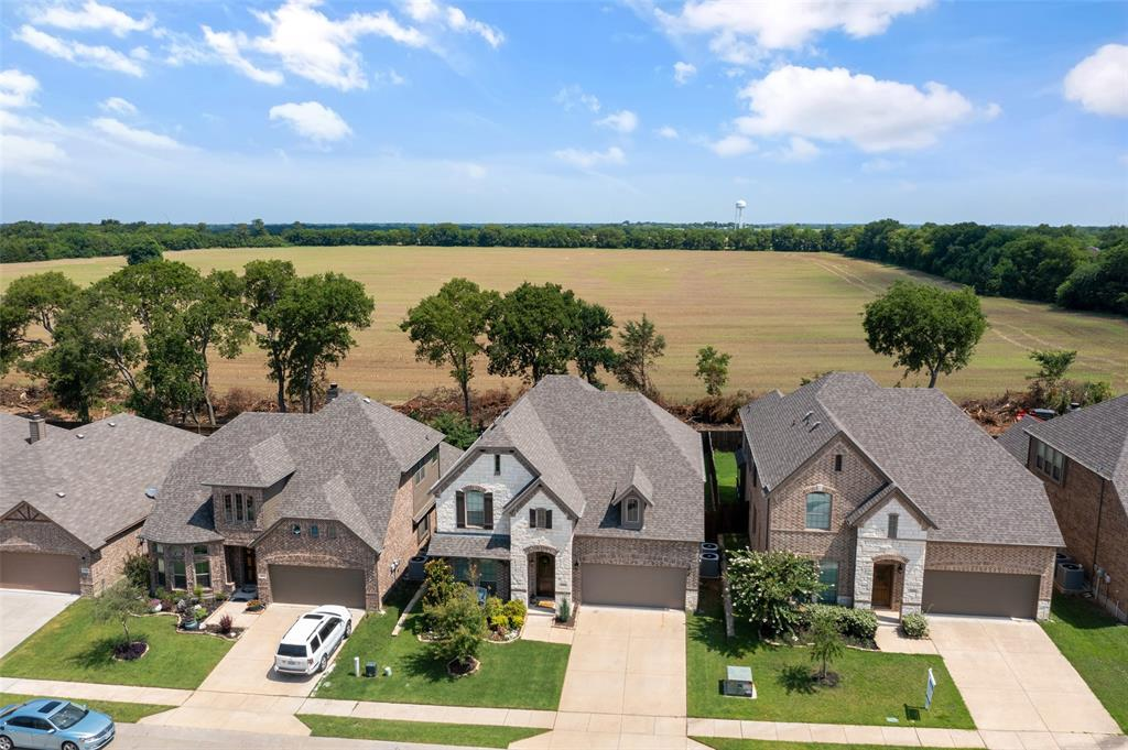 2090 Deckard  Princeton, Texas 75407 - acquisto real estate agent of the year mike shepherd