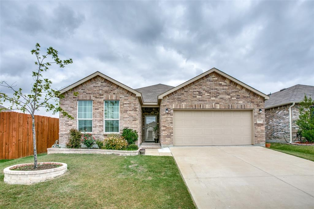 2309 Barzona  Drive, Fort Worth, Texas 76131 - Acquisto Real Estate best frisco realtor Amy Gasperini 1031 exchange expert
