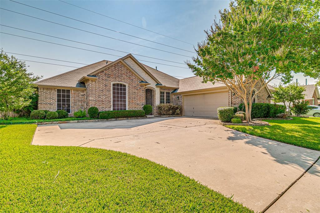 7308 Spring Oak  Drive, North Richland Hills, Texas 76182 - Acquisto Real Estate best plano realtor mike Shepherd home owners association expert