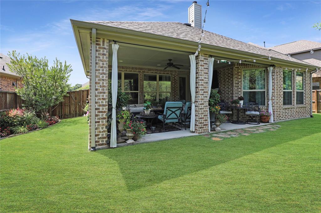 2800 Piersall  Drive, McKinney, Texas 75072 - acquisto real estate best looking realtor in america shana acquisto