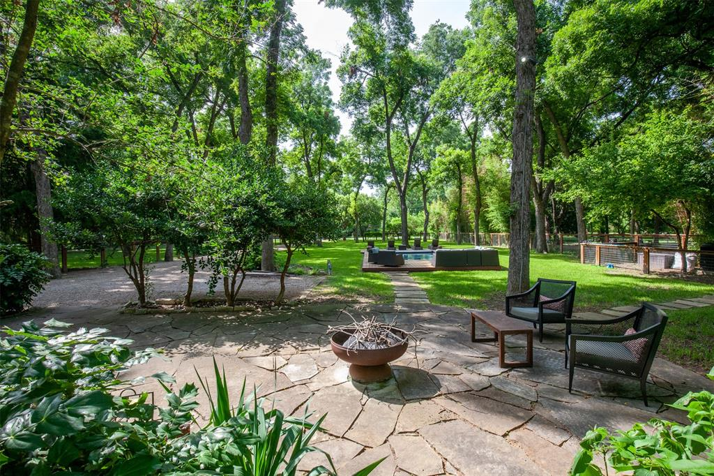 8176 Barbaree  Boulevard, Dallas, Texas 75228 - acquisto real estate mvp award real estate logan lawrence