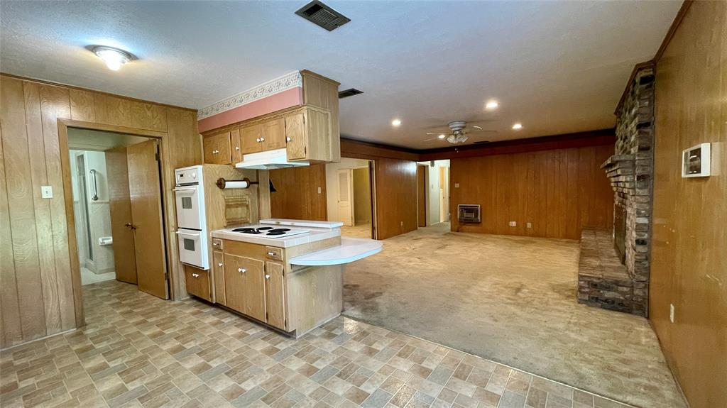8447 State Highway 34  Oak Ridge, Texas 75161 - acquisto real estate best real estate company to work for