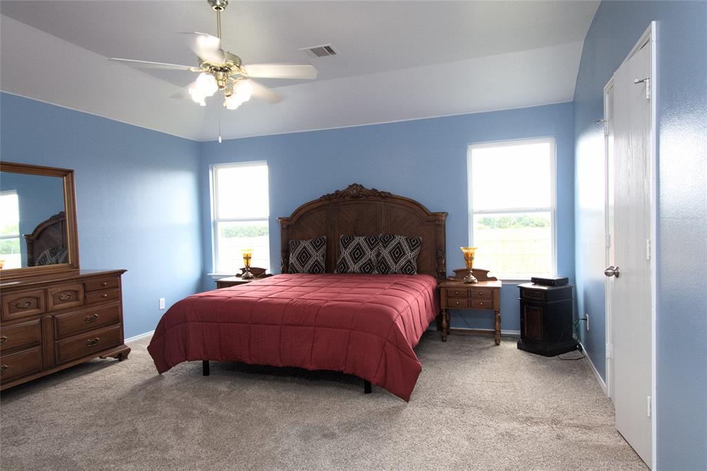 621 Sparrow  Drive, Saginaw, Texas 76131 - acquisto real estate best celina realtor logan lawrence best dressed realtor