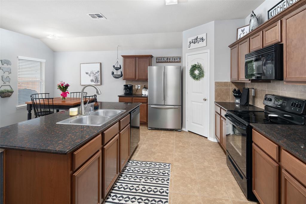 1107 Rainer  Drive, Princeton, Texas 75407 - acquisto real estate best listing listing agent in texas shana acquisto rich person realtor